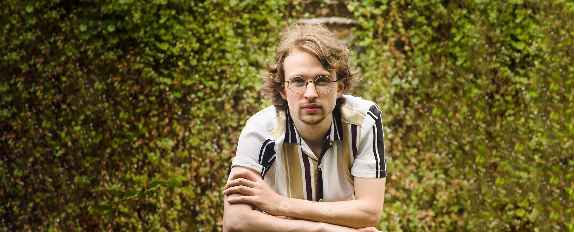 Julian Trevelyan pianist